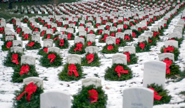 Arlington_WreathsAcrossAmerica.jpeg